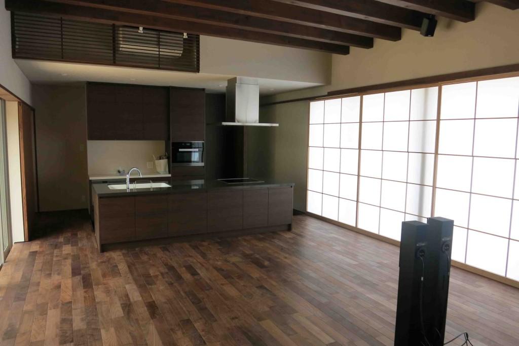 淡路島の家Ⅴ もうすぐ完成です。