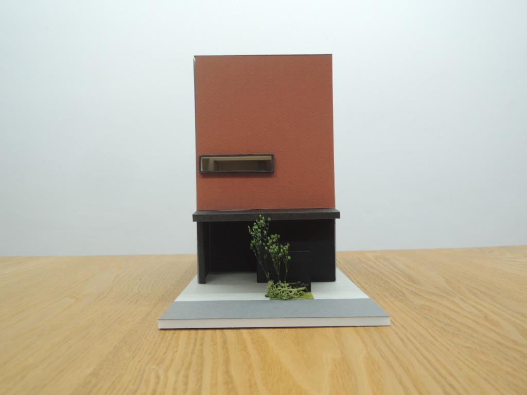 住まいの空間を模型で検討